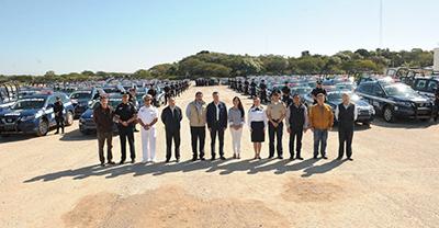 El gobernador destacó que se garantizará la profesionalización de las corporaciones policiacas, para que desempeñen de la mejor manera su trabajo y se garantice el respeto a los derechos humanos de la población.