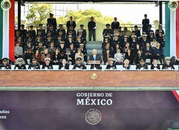 Desde el Campo Marte, el mandatario indicó que el pueblo de México necesita de sus Fuerzas Armadas para atender el problema de la inseguridad y la violencia, y que se ha optado por el plan de crear la Guardia Nacional porque existe confianza en las Fuerzas Armadas.