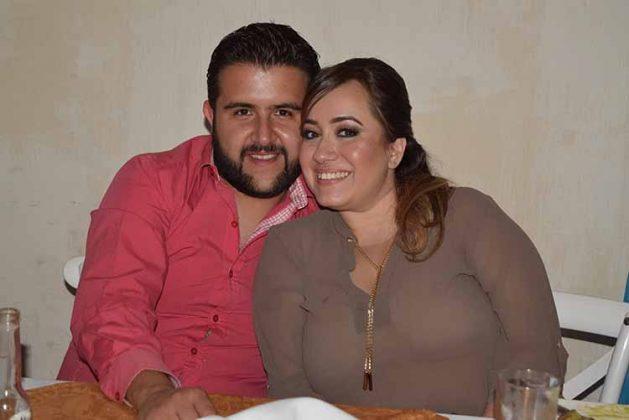 Carlos Sosa, Karen Salvá.