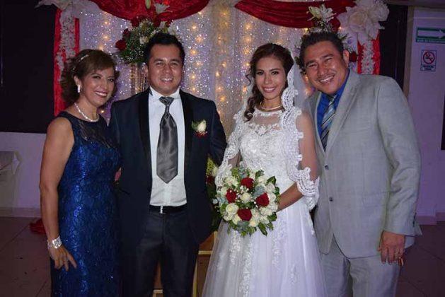 Marisela Bermúdez, Julio Ochoa, Yazmin Aquino, Enrique Aquino.