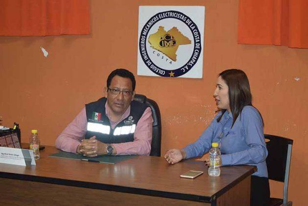René Simón Ortega, Presidente de CIME; Ana Salazar, Jefa de Gestión Tecnológica y Vinculación del ITT.