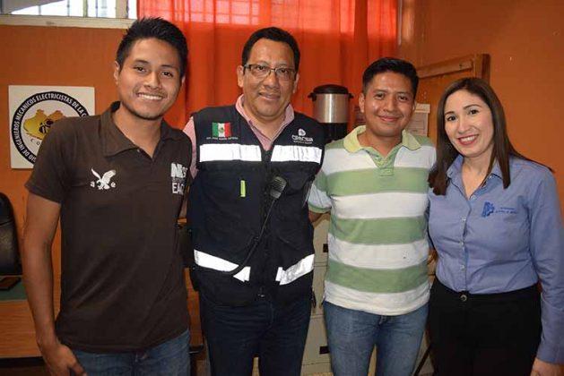 Mario Martínez, René Simón, Guillermo Méndez, Ana Salazar.