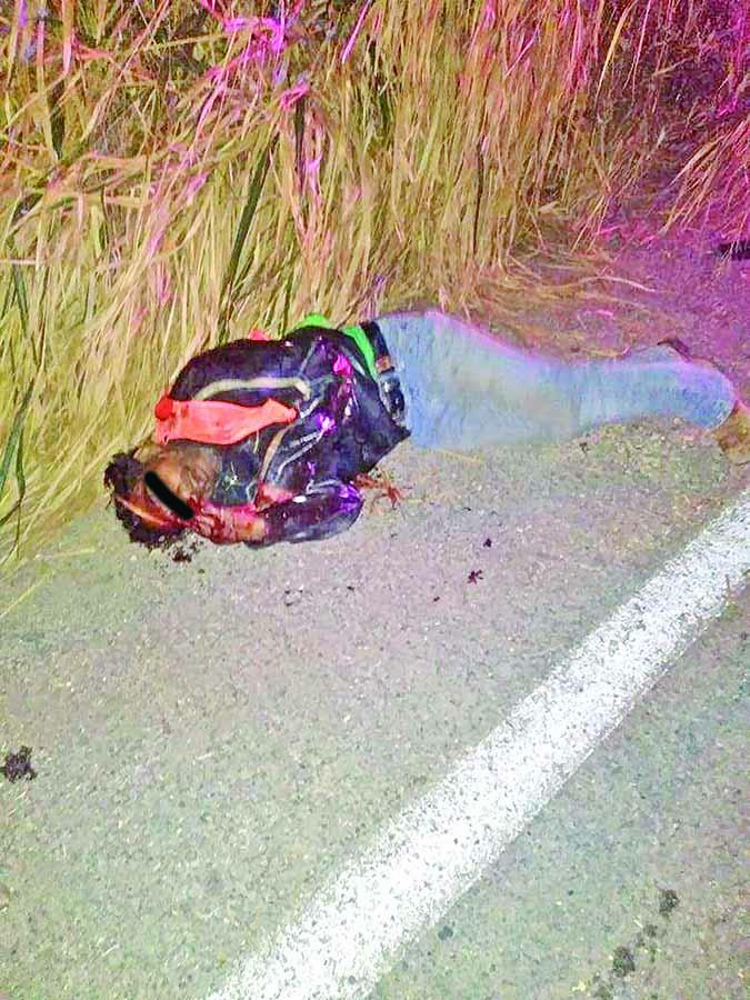Motociclista Derrapó en la Carretera
