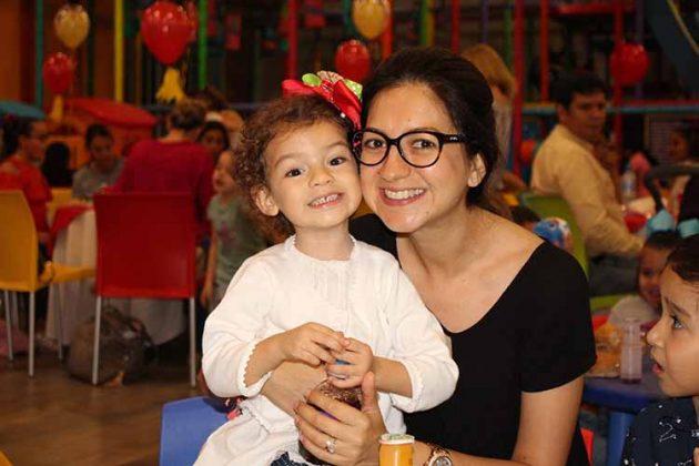 Emma, Vicky de Zapata.