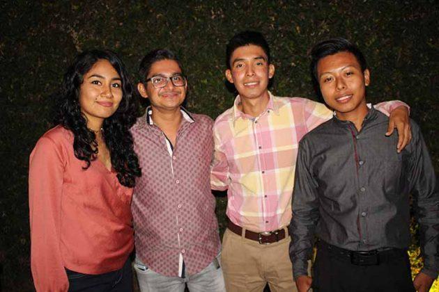 Mayra, Gabriel Zapata, Daniel, Erick Meza.