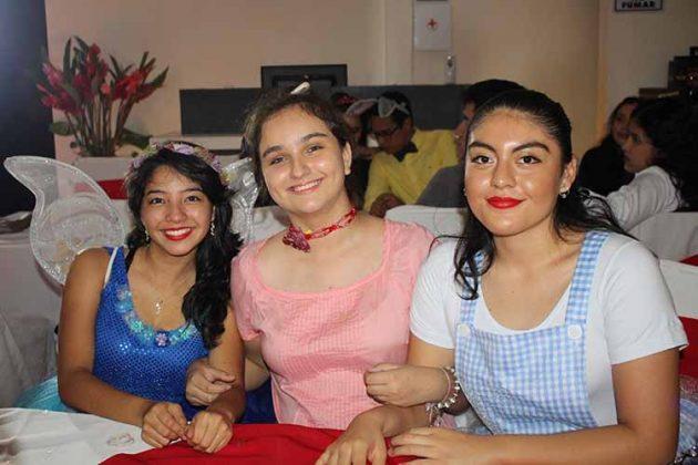 Dayanne Ancheyta, Ana Sofía, Rebeca María.