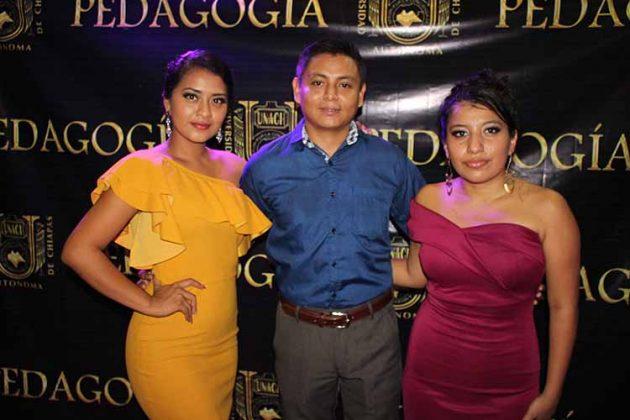 Mariana Ovalles, Carlos Díaz, Anahi Jacob.