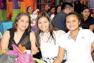 Cecilia, Jesury, Daniela López.