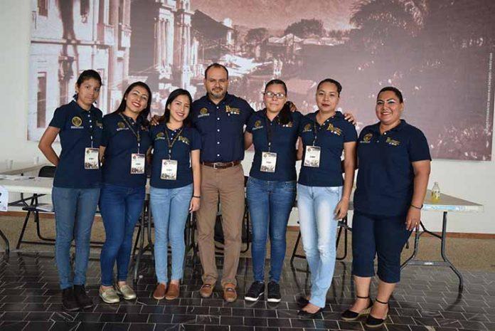Excelente trabajo del equipo del Instituto de Formación Profesional del Sur, Carmen Navarro, Atziri Vázquez, Vianey Vega, Julio Bustillo, Yazmin Navarro, Luz Navarro, Patricia Hernández.