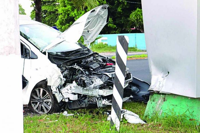 Presunta Falla Mecánica Ocasiona Accidente