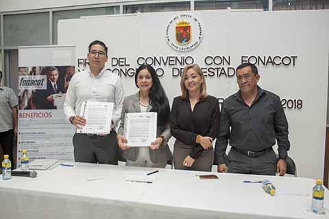 Congreso del Estado Signa Convenio con FONACOT