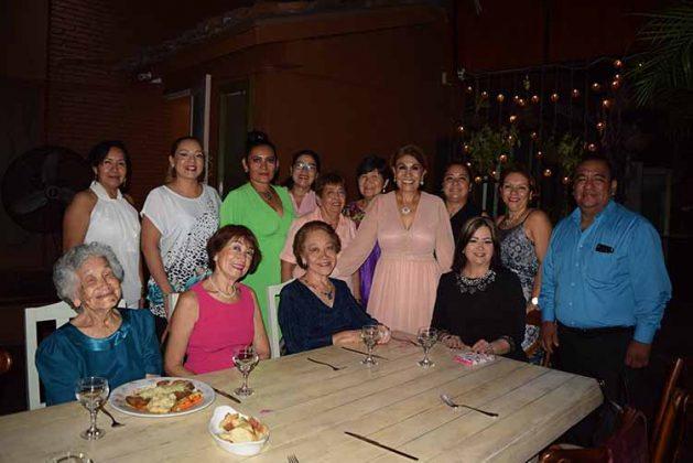 La foto con las amigas.