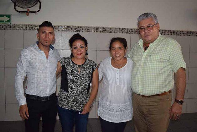 Rosario Marín, Angie Pérez, Esther Cancino, Marco Franco.