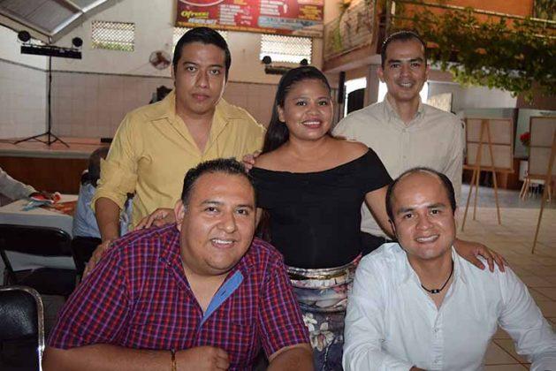 Julio Orozco, Daniel Montelongo, Miguel Montelongo, Efraín Gómez, Edith Ochoa.