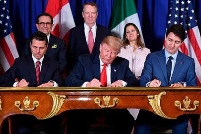 Los presidentes de Estados Unidos y México junto con el primer ministro de Canadá, firmaron el viernes un nuevo acuerdo de libre comercio entre los tres países, el cual sustituye al TLCAN, y podría ponerse en marcha en el primer semestre del 2019, después de ser avalado por los Congresos de cada nación.