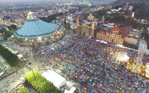 Millones de Peregrinos Visitan la Basílica de Guadalupe