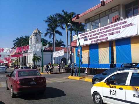 Aumentan Protestas Contra Autoridades Que fomentan el Comercio Ambulantaje