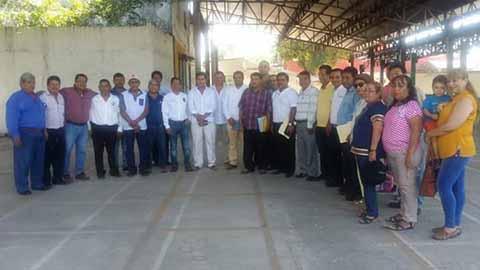 Entran en Operaciones 300 Taxis Piratas en Tapachula