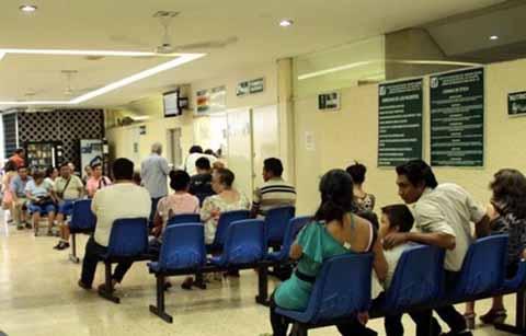 Sólo hay la Mitad del Abasto Básico de Medicamentos en el IMSS Chiapas