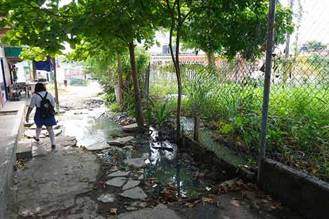 COAPATAP No Atiende Fuga de Aguas Negras