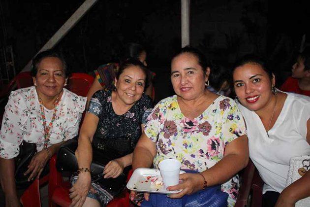 Cande Vázquez, Tere Trinidad, Manuelita Reyes, Margeli Jiménez.