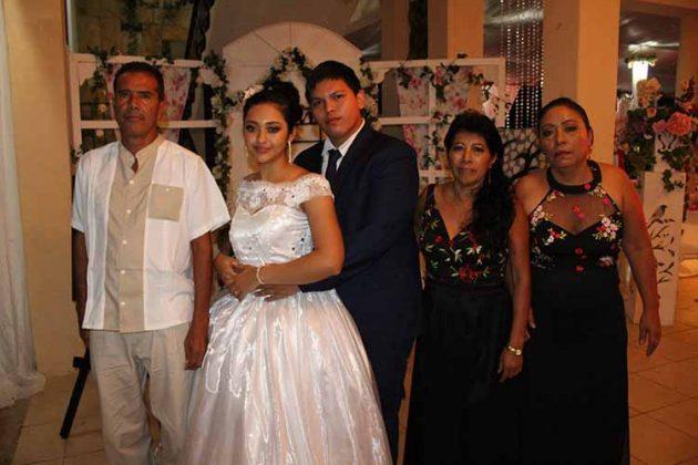 Jorge Barrera, Lizbeth González, Roymar López, Luci Ramírez, Ana Martínez.