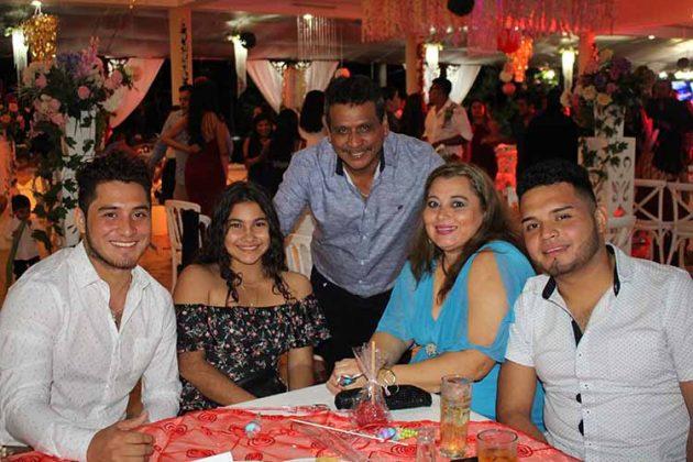 Jaime Martínez, Yeilin Ruiz, Omar Martínez, Fania Gutiérrez, Alejandro Martínez.