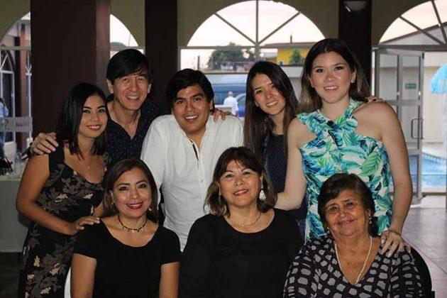 Familia Fierro Algarín.