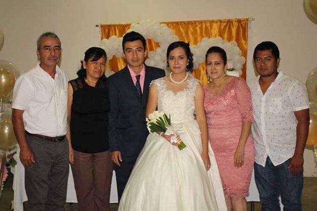 Delmar Vázquez, Amelia Cota, Erick Vázquez, Ingrid García, Yadira Zúñiga, Raymundo García.