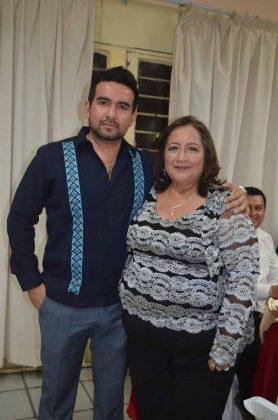 Carlos Palacios, Marisela Martínez.