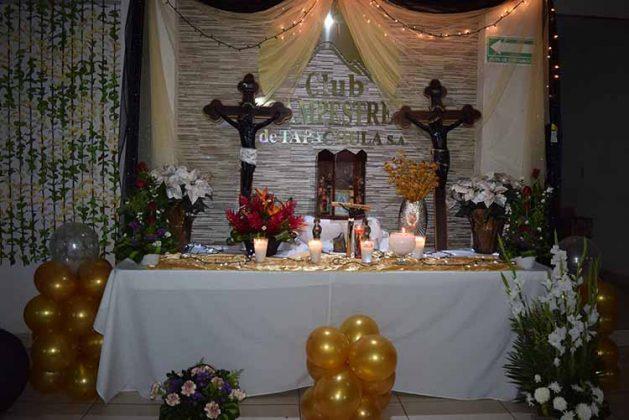 Altar en honor al Cristo de Esquipulas.