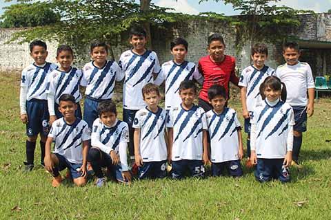 Central Deportiva Golea 5-0 a las Águilas