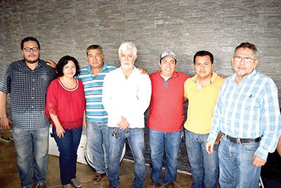 Julio Gordillo, Dora Velázquez, José Ayala, Horacio López García, Mayrover Pérez, Héctor Pinto, Luis Gordillo.