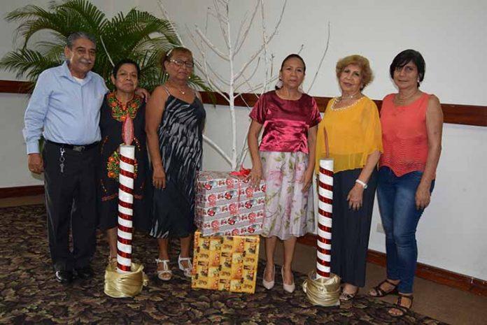 Víctor Mérida, Concepción Vázquez, Leonor Hartlevern, Ofelia Cruz, Delia Conde, Zulma Guillén.