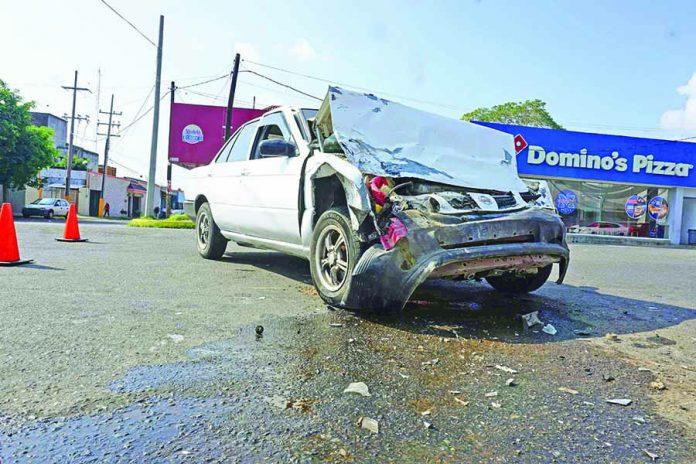 Accidente Deja dos Personas Lesionadas