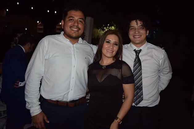 Miguel Pineda, Galdina Silva, Oscar Avelar.