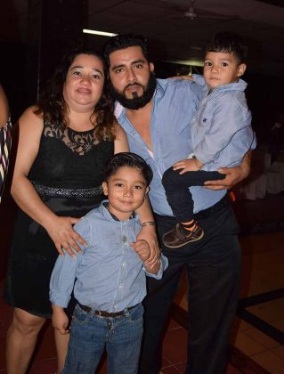 Familia Barrios Mendiola.