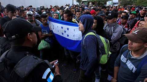 Nueva Caravana de Migrantes Hondureños Arriban a Guatemala