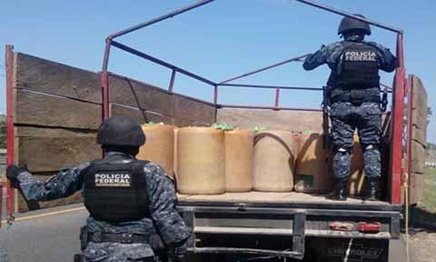 Detienen Supuesto Cargamento de Huachicol en Suchiate