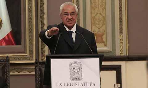 Eligen a Guillermo Pacheco Pulido Gobernador Interino de Puebla
