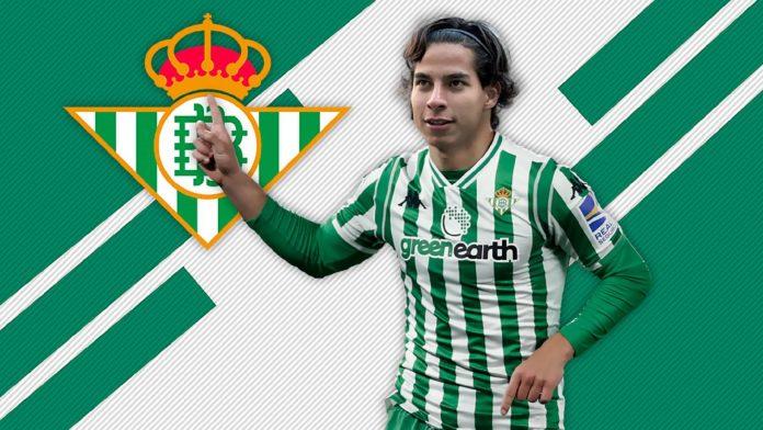 El futuro por delante para Diego Lainez: de México hasta España, el talento se convierte en la esperanza del club sevillano