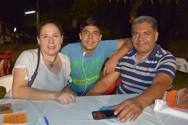 Yesenia Santiago, Héctor Cuellar, Héctor Cuellar.