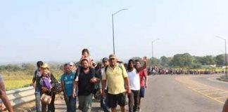 Policía Federal Escolta a Nueva Caravana Migrante