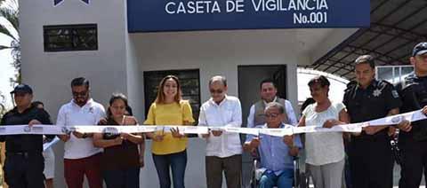 Continúa Gurría Inaugurando Obras Construidas en Gobiernos Anteriores