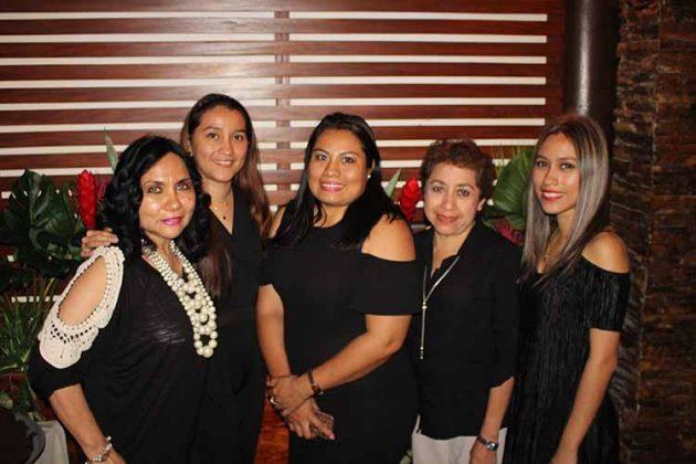 Esperanza Nolasco, Elena Cabrera, Yesenia Omar, María Elena Moreno, Adriana Cabrera.