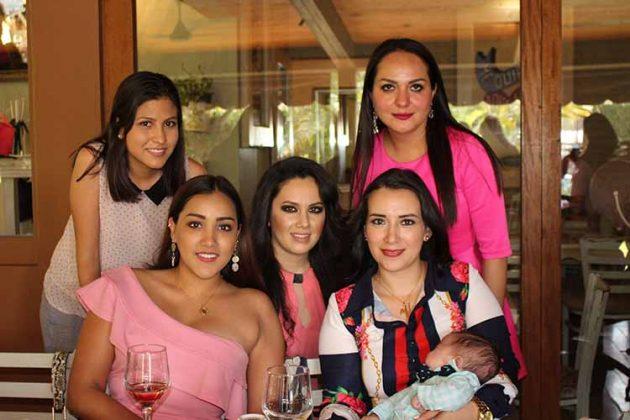 Mónica Robledo, Alina Candia, Gaby Choy, Valentín Parizot, Verónica Damián, Paulina Pérez.