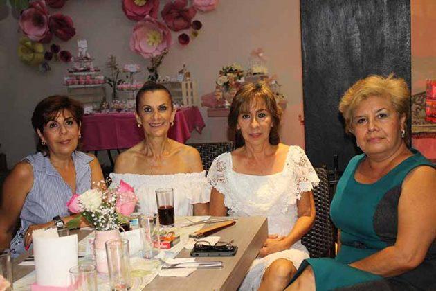 Mónica Cervantes, Clarisa Ramírez, Lidia Mota, Paty Cabrera.