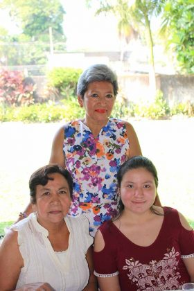 María Castillo, Andrea Escobar, Silvia Hernández.