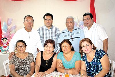 Luz Torres, Rosemberg Álvarez, Rosa Guillén, Antonio Gómez, María Abarca, Antonio Gómez, Alicia Zwanzinger, Miguel Gómez.