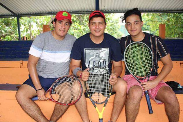 Jorge Cacho, Fernando Duque, Diego Cacho.